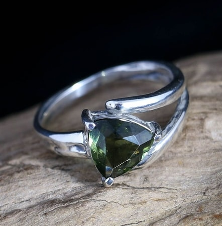 MOLDAVITE RING, trillion cut, sterling silver