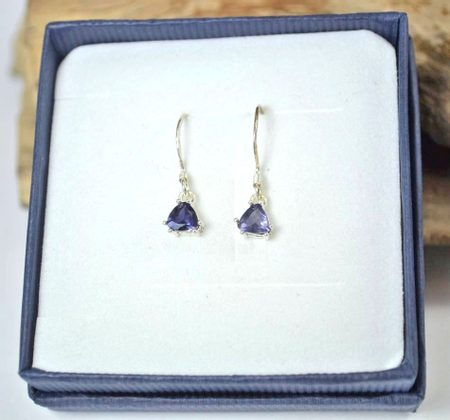 TRIANGULAR - Ijolite, sterling silver earrings