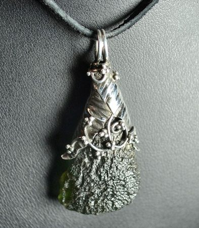 ARBOR UNIVERSUM, luxury silver jewel with Czech Moldavite, pendant Ag 925