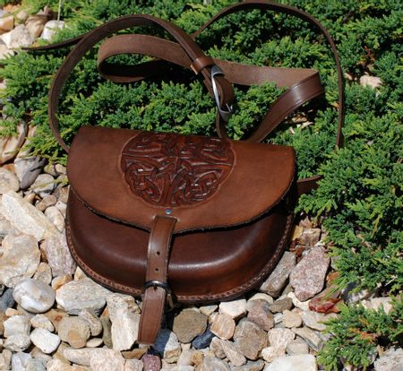 Handbag with the Celtic Knot, handcarved