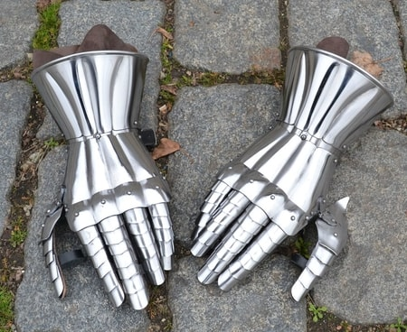SCA GAUNTLETS WHOLESALE MANUFACTURER
