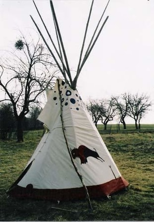 INDIAN TENT - tepee