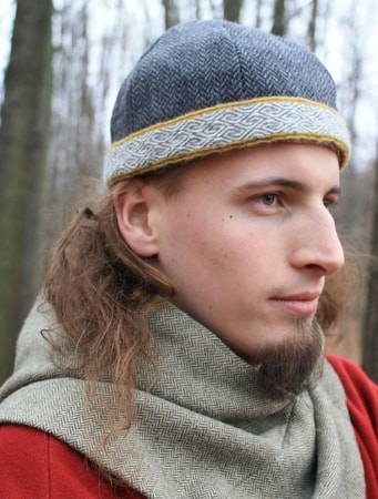 VIKING CAP WITH HEDDLE BELT, BIRKA