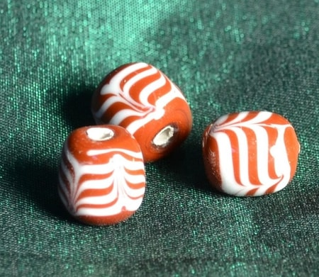 HANDMADE GLASS BEAD, museum replica, Merovingians, France
