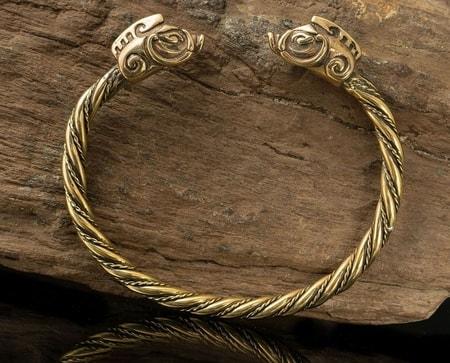 Forged Celtic Chieftain Sword - wulflund.com
