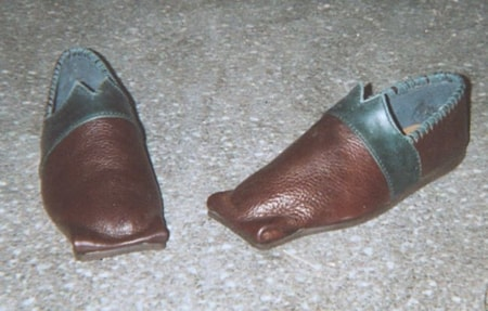 ENGLISH RENAISSANCE SHOES