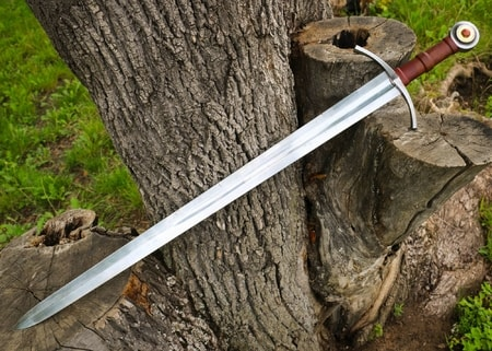 weapons of medieval europe From trebuchets and long bows to greek fire hunga mungas these are the 25 most insane medieval weapons ever list25 - better than top 10 lists  while europe was .