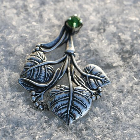 LIME LEAVES, TREE PENDANT, SILVER AND MOLDAVITE