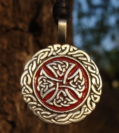 WARRIOR TALISMAN, red knotted cross