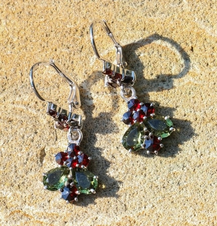 DANKA, silver earrings, moldavite, garnet