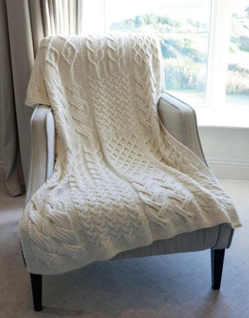 PATCHWORK, SUPERSOFT WOOLLEN THROW, CREAM