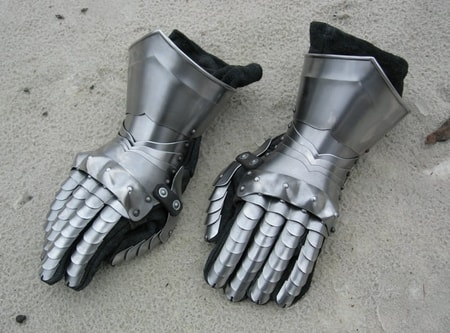 Plate Gauntlets Fully Functional Finger Gauntlets and Mitten Gauntlets