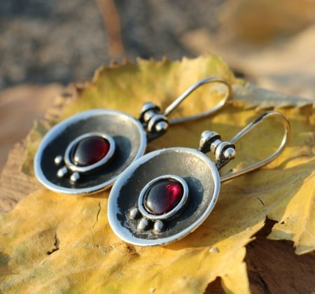 ORBIT, silver earrings, garnet
