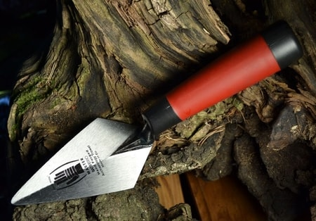PROFESSIONAL ARCHAEOLOGY TROWEL, Battiferro, sharpened blade