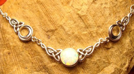 LUNAR NECKLACE WITH OPAL, silver 925