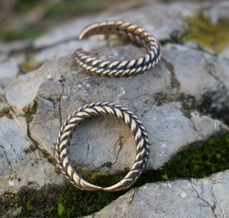 VIKING BRAIDED RING, bronze