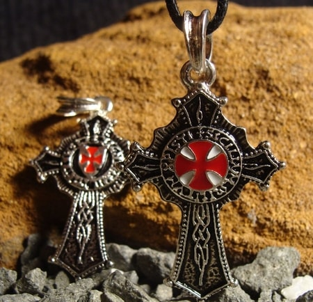 Knights Templar Cross, silvered pednant