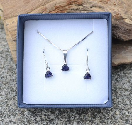 TRIANGULAR - Ijolite, sterling silver jewellery set