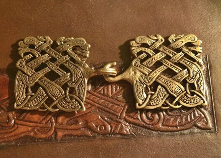 BOOK OD KELLS, choak chain brooch