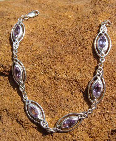 KNOTTED SILVER BANGLE DE LUXE with amethysts, Ag 925