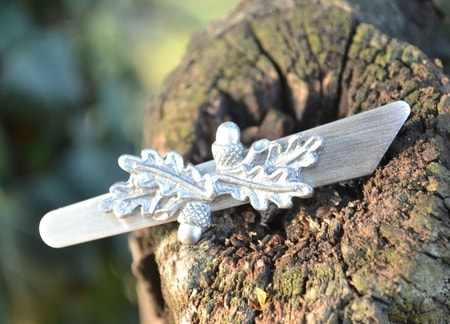 OAK LEAVES, tie clip
