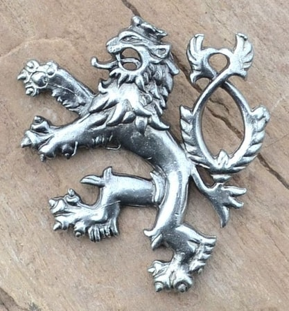 HERALDIC TWO-TAILED LION, PENDANT, SILVER PLATED