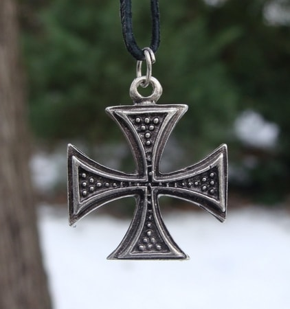WARRIOR CROSS, PENDANT, METAL ALLOY