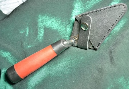 LEATHER HOLSTER FOR ARCHAEOLOGY TROWEL