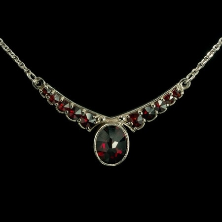 LORINA, garnet, Czech jewel, necklace