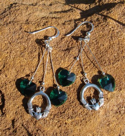CLADDAGH EARRINGS, emerald glass, silver 925