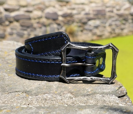 LOGAN, modern belt with forged buckle