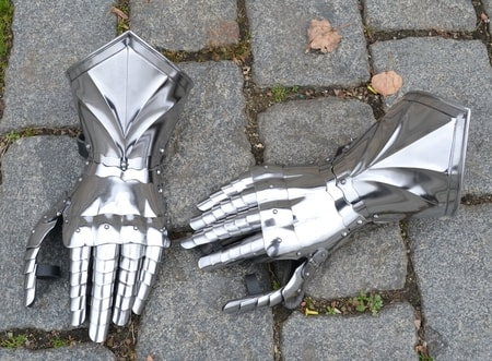 MEDIEVAL FINGER GAUNTELTS III, for sword fight, polished, czech top quality