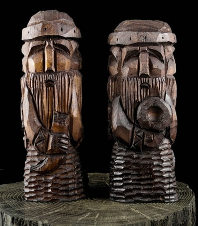 Wooden Statues Historical Statues Idols Thunderbird Totems