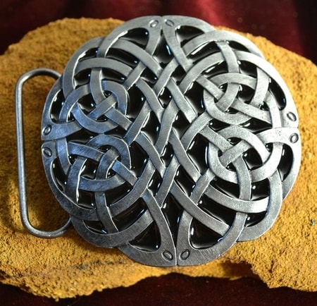 CELTIC KNOTTED BELT BUCKLE