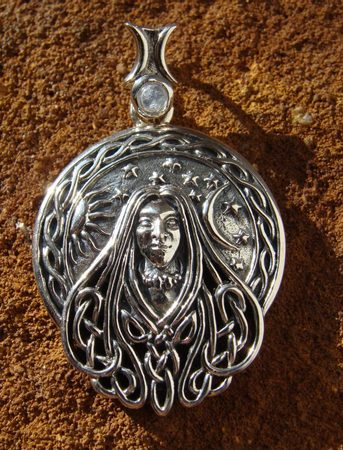 SPIRIT OF THE EARTH, pendant - PT-3581
