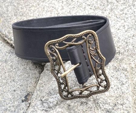 renaissance wide leather belt
