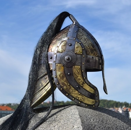 dark lord fantasy helmet with horns wulflundcom