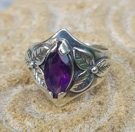 SHAMROCK, RING, AMETHYST, STERLING SILVER