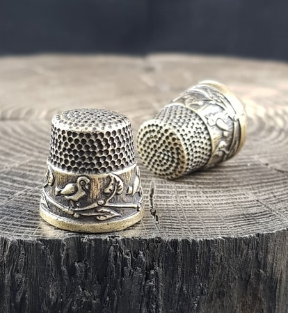 BIRDS, thimble antique brass finish