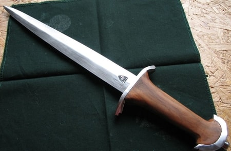 the basilard hand forged swiss dagger   wulflund