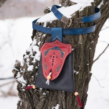CAROLINUM, medieval bag and belt