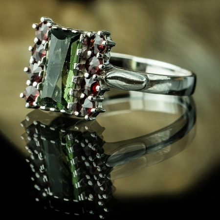 GALINA, RING, Czech Moldavite, garnet, sterling silver
