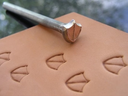 DUCK TRACK, leather stamp