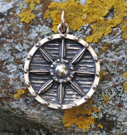 VIKING SHIELD, pendant, bronze