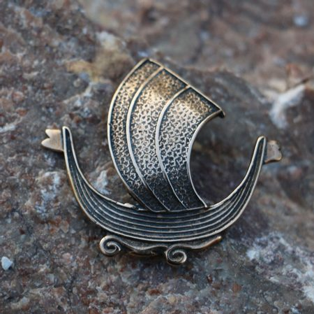 DRAKKAR, VIKING SHIP, AMULET, BRONZE
