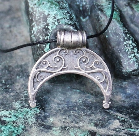 LUNICA, Slavic Amulet, tin - wulflund com