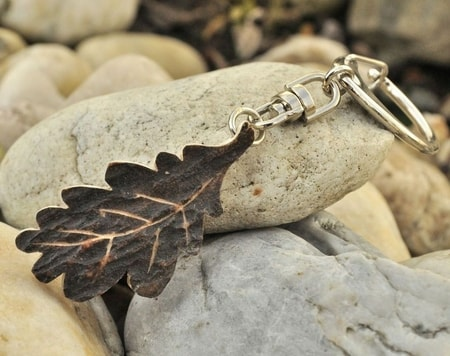 CARVED OAK LEAF from antler