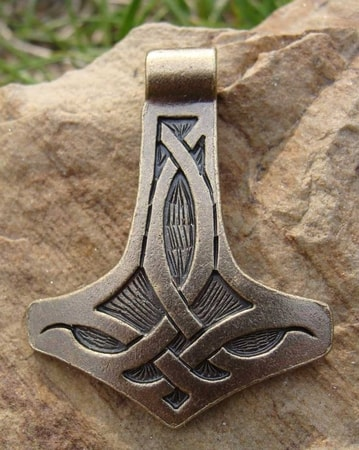 THOR HAMMER with celtic knots