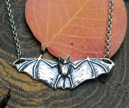 NOCTOR - bat, necklace, silver
