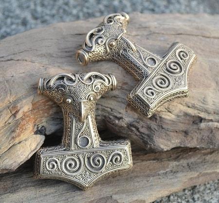 talismans nordiques wulflund com